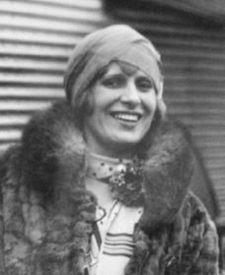 Aimee Semple McPherson Quotes, Quotations, Sayings, Remarks and Thoughts